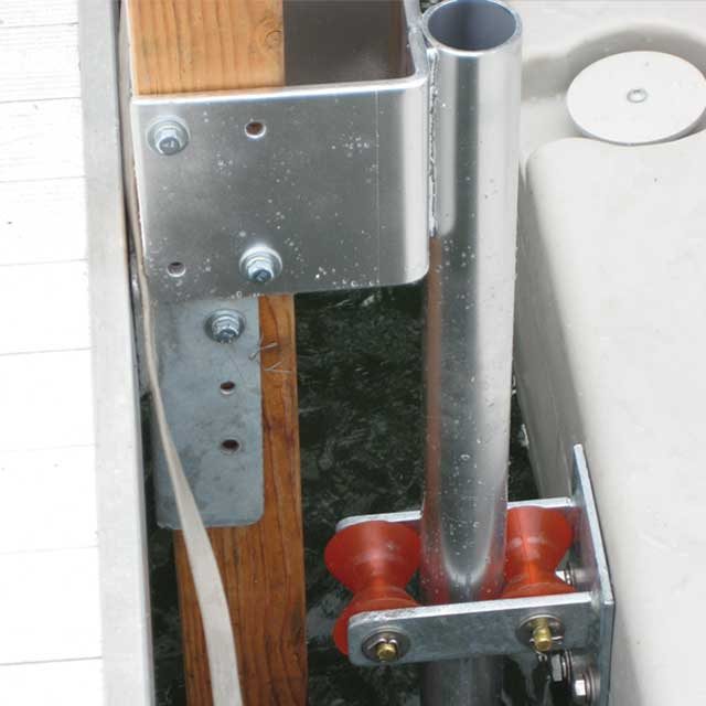 Example of attaching to Fixed dock 4 x 4 Post Bracket mounting PWC port